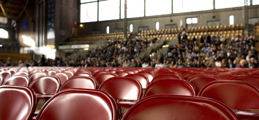 people-show-chairs-gym-large